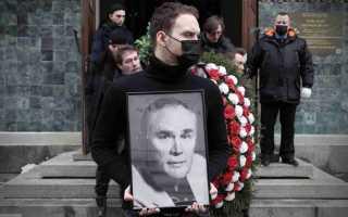 Гроб был накрыт стеклом! Гармаш в слезах! Прошли похороны Валерия Хлевинского! Спи спокойно